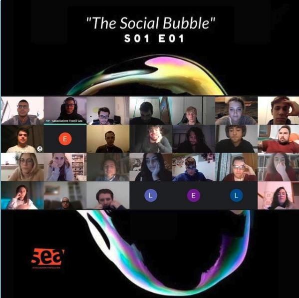 S01 E01 – The Social Bubble